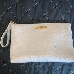 NWOT Steve Madden Wristlet Bag